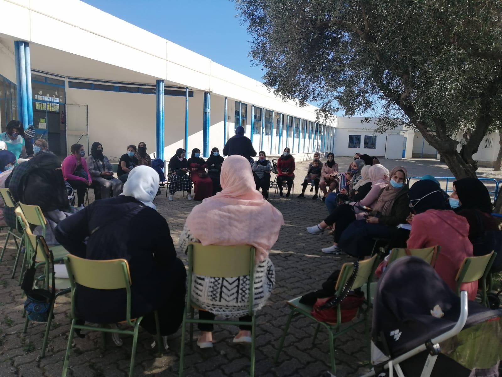 Tallers amb dones fundacio SERGI